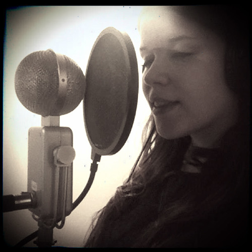 Moll Read original music's avatar