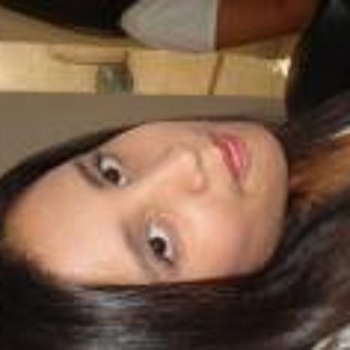 Geovana Oliveira 11's avatar