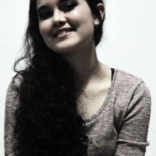 clarah_andrade's avatar
