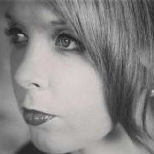 Sarah Burns 14's avatar