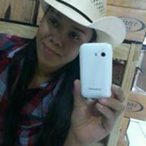 Aline Oliveira 71's avatar
