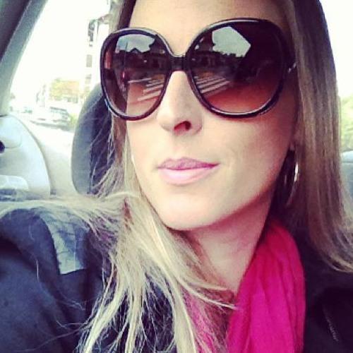 Viviane Zulian's avatar