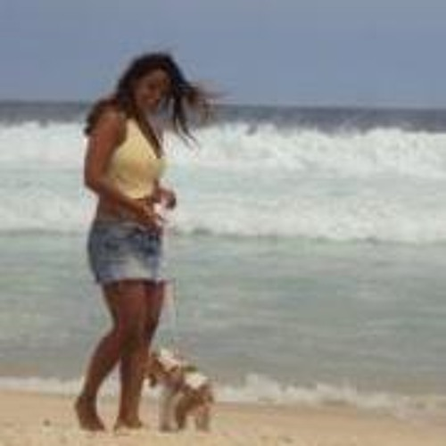 Luciana Villar's avatar