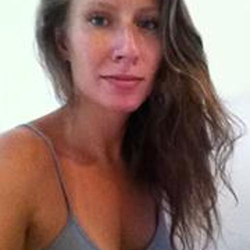 Marisa C's avatar