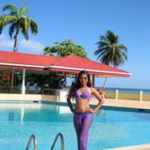 Mariah K Beekhoo's avatar