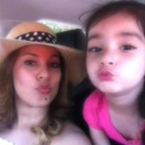 Mariella Vargas's avatar