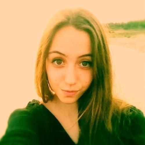 Eylul Basak's avatar