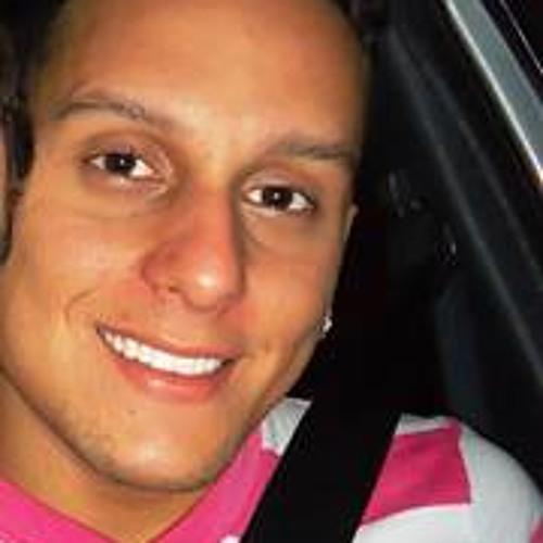 Alexandre P. Araujo's avatar