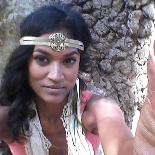 fahmina's avatar