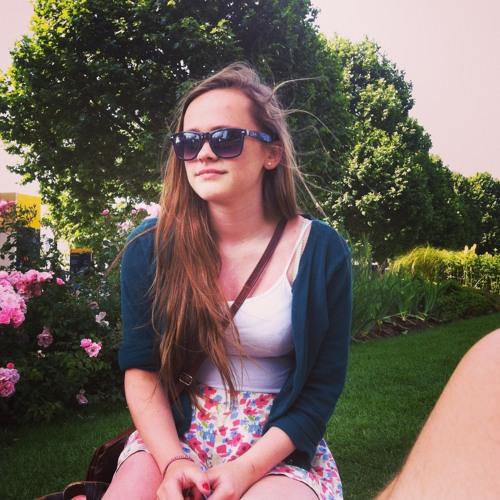 lizzieliddington's avatar