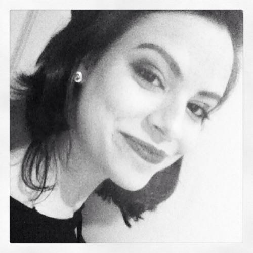 Camila Bitar's avatar