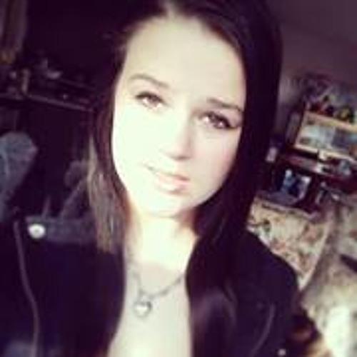 Emily Passalaqua's avatar