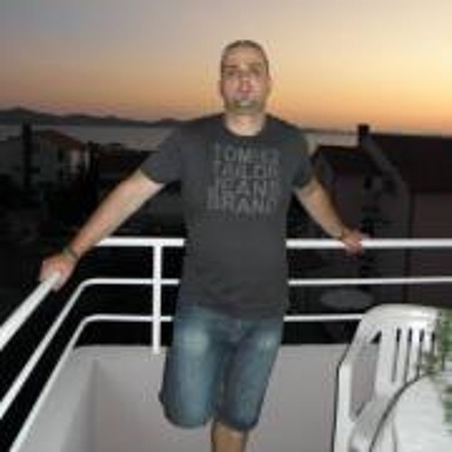 Bedő Roland's avatar