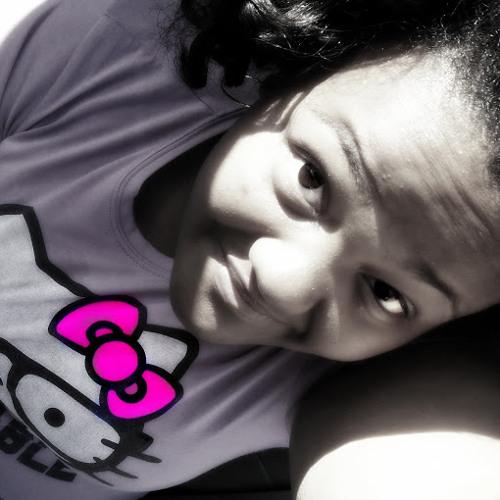Kelly Harris 16's avatar
