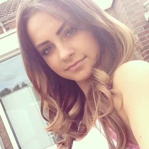 Bellina Öcal's avatar