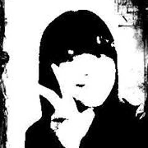 Fadia Amanda's avatar