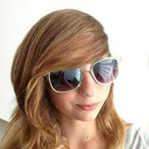 Fabienne Möller's avatar