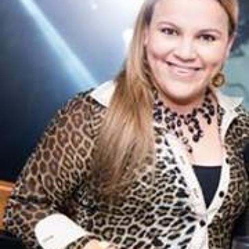 Camila Ventureli's avatar