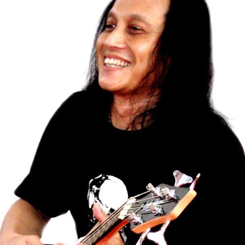 Ari Moreno II's avatar