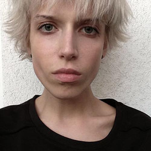 Kinga Jay's avatar