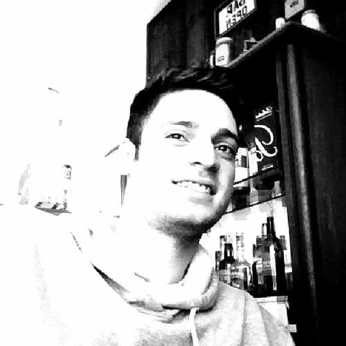 Raphael Esmeraldi's avatar