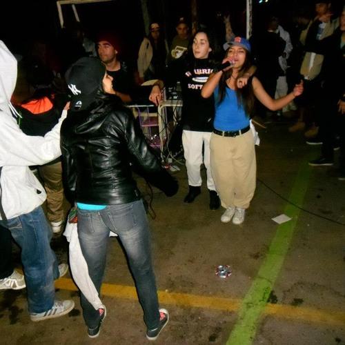 Rapero De Carton - Diestylemc Feat Amikmc y Bilma Rah