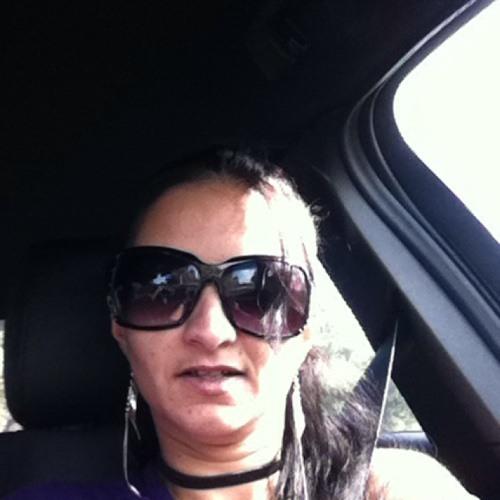 natalie thompson's avatar