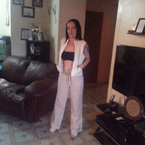 Sara Queenb Sierra's avatar