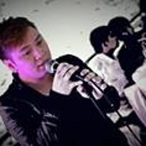 Brian Jay Lopez Full's avatar