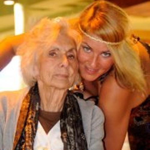 Jazz Stone & the granny's avatar