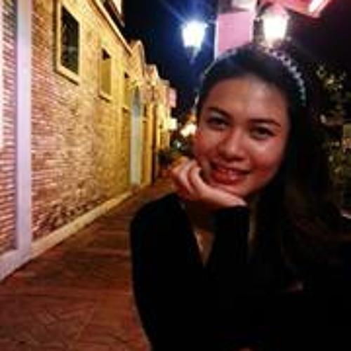 Fiona Santos's avatar