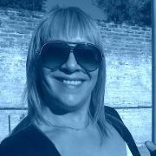 Miriam Fits's avatar