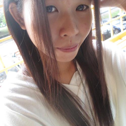 Winnie Liew 1's avatar