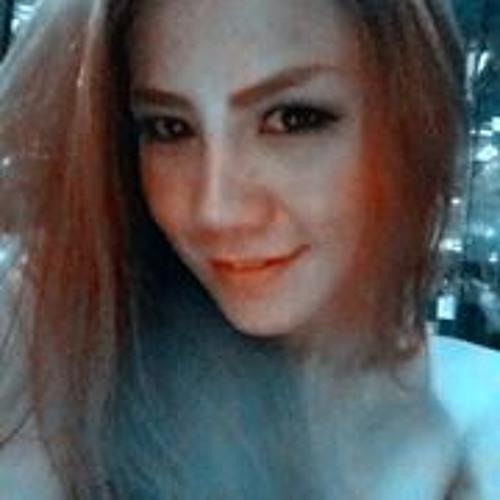 Amy Sudarut's avatar