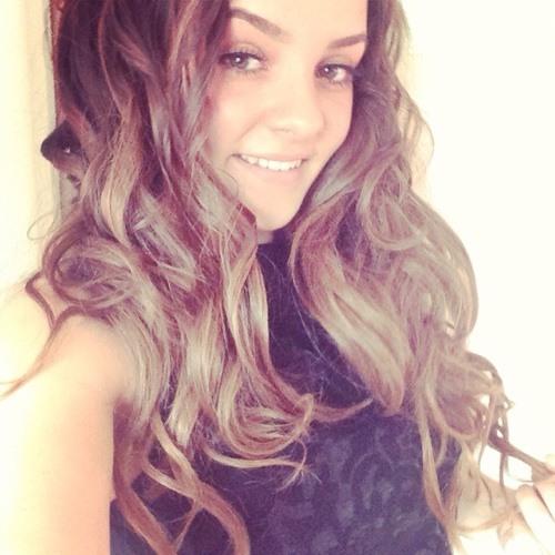 Emma Julia's avatar