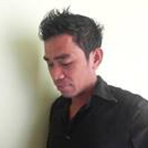 Dika Dewa's avatar