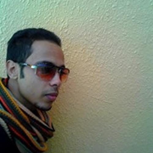 Raphael Anouar's avatar