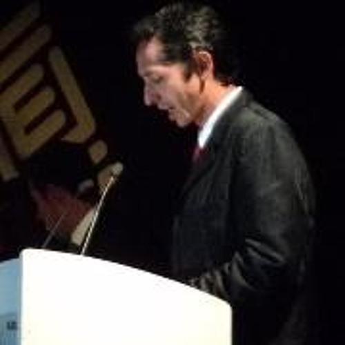 Lucio Morales's avatar