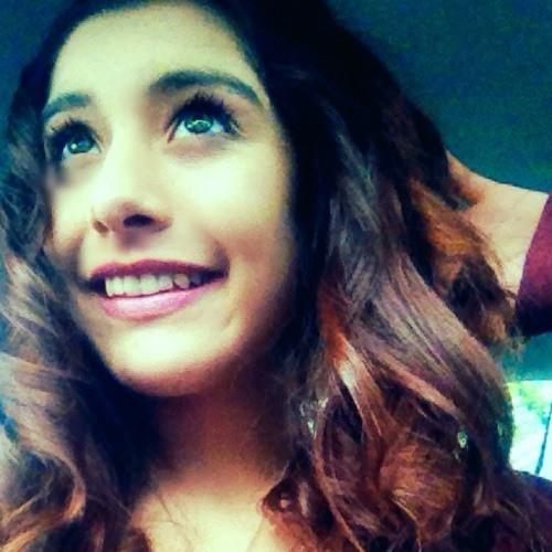 IsabellaBabe:)'s avatar