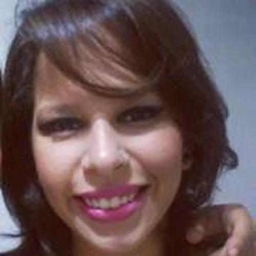 Renata Japiassú's avatar