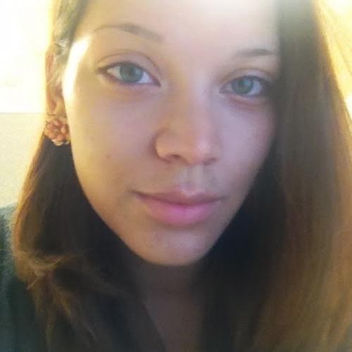 Mercedes H's avatar