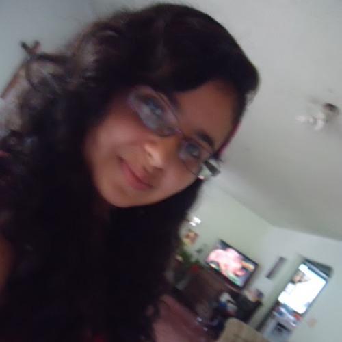 valeentina holguiin's avatar