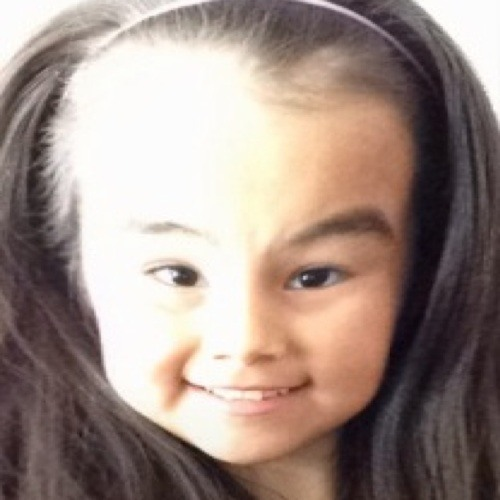 Vanessa Sinuupal's avatar