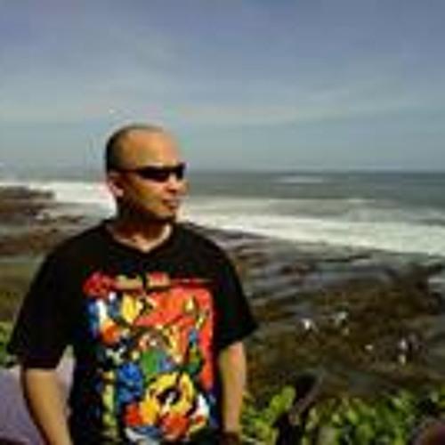 Iman Ulle's avatar