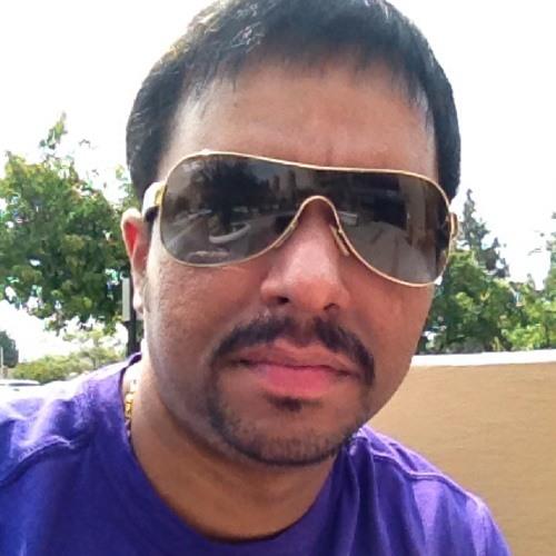 Josh007's avatar