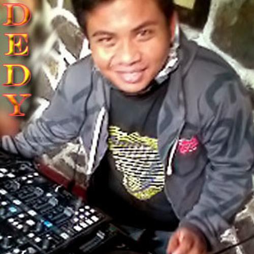 Genk Z'tyle Mud's avatar