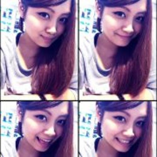 Mela Lin's avatar