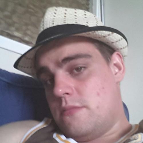 user992766296's avatar