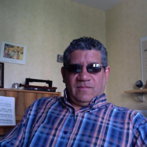 Víctor Varela's avatar