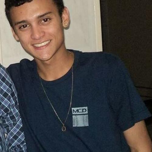 Lucas M. Prado Mamede's avatar